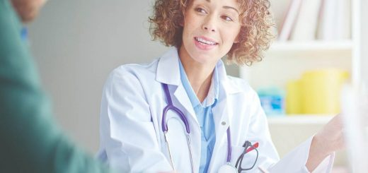A doctor advises an ovarian cyst removal.