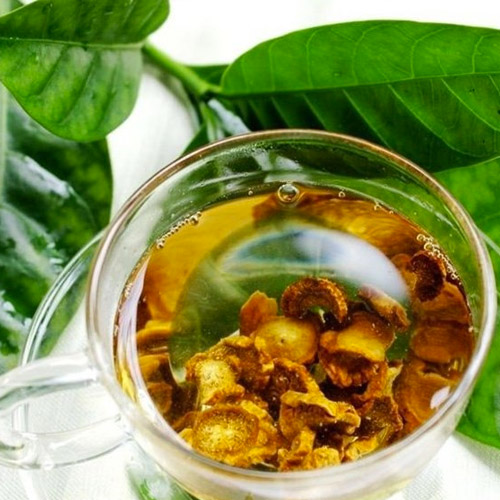 using-traditional-medicine-breast-cyst