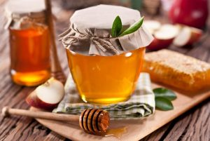 can of honey as a medicine
