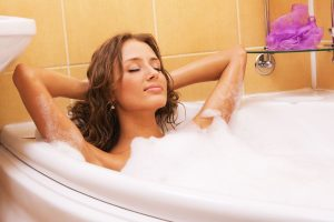 to avoid the appearance of vaginal cysts, you must regularly take a bath